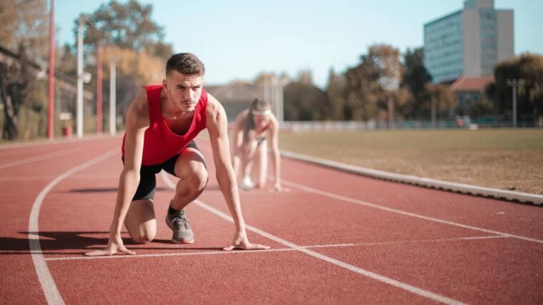 Läufer an der Startposition